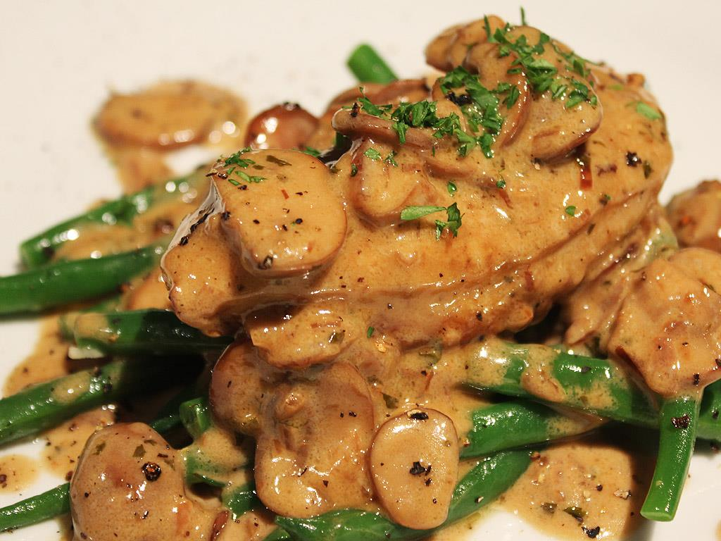 13068-chicken-breast-with-mushroom-cream-sauce.jpg