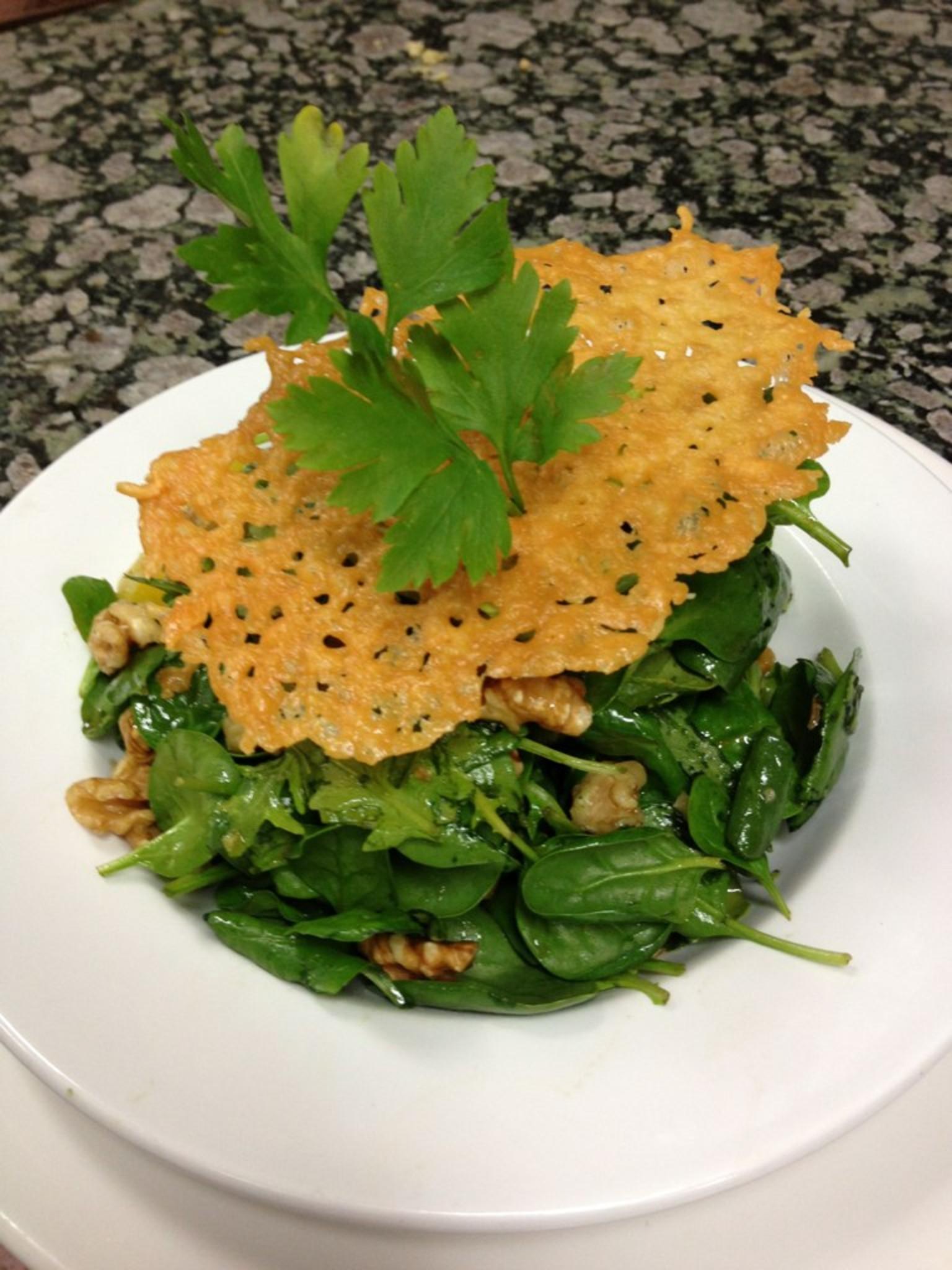 9795 spinach salad with saffron - مكونات سلطة سبانخ بالزعفران