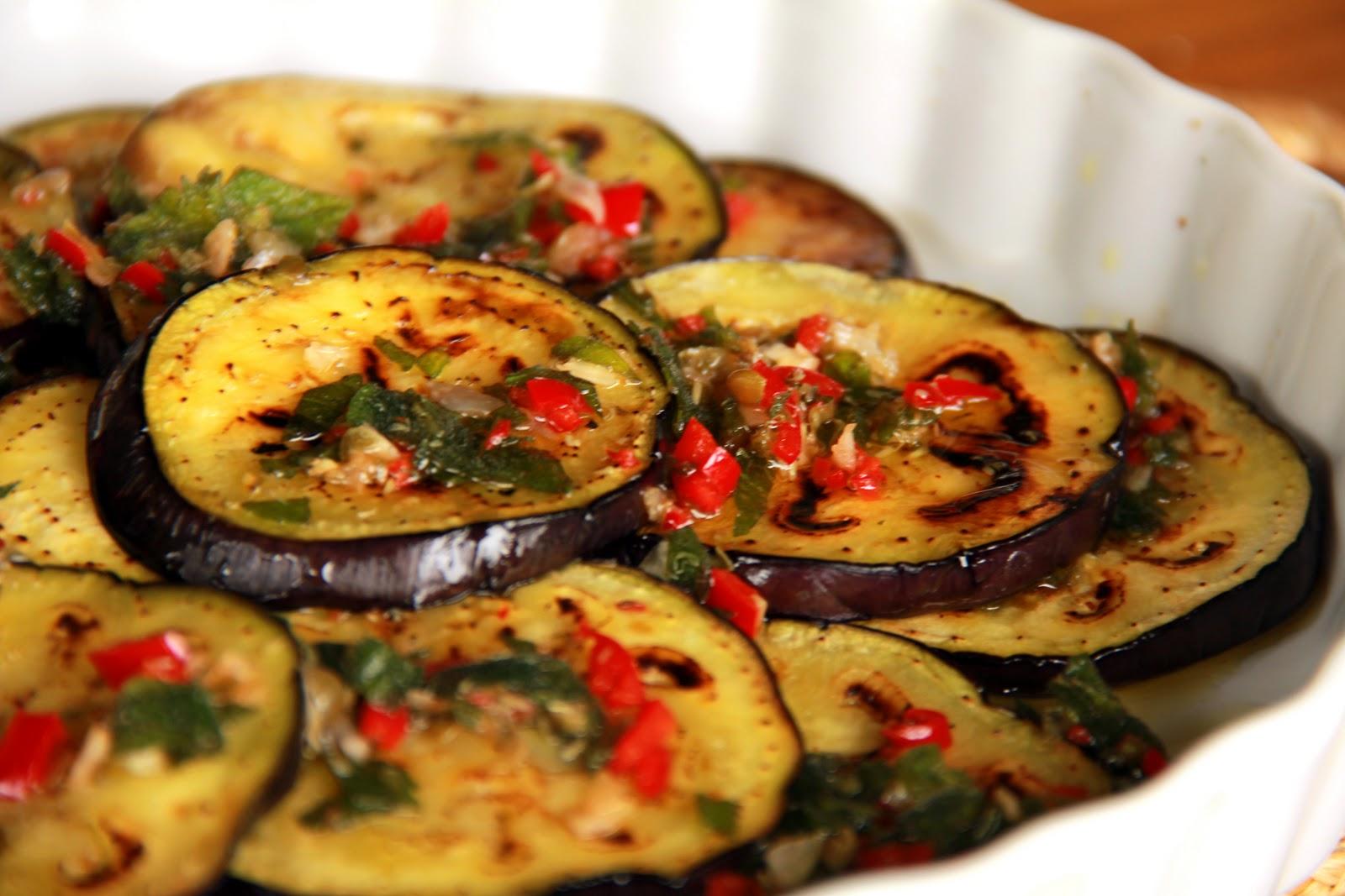 15524 the modus operandi of salad cool - تقديم السلطه البارده